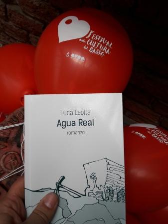Ancora Agua Real fra i mitici palloncini del festival.