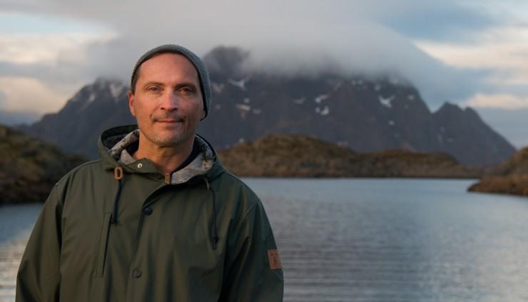Morten-Strøksnes-Skrova-NY-e1460475657998